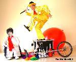 Funny Benn:clowns stiltwalkers stiltwalker clowns stilt performers hong kong 生日會派對、小丑、扭汽球、雜耍雜技武術、舞蹈  遊戲, 小丑扭汽球、雜耍雜技