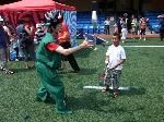 Anson: clowns stiltwalkers stiltwalker clowns stilt performers hong kong 生日會派對、小丑、扭汽球、雜耍雜技武術、舞蹈  遊戲, 小丑扭汽球、雜耍雜技