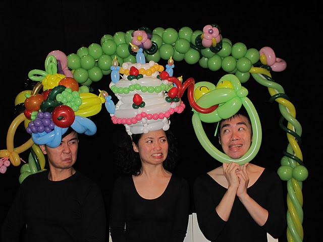 Anns Amazing Balloons: birthday parties hong kong childrens shows magic juggling functions birthdays party hong kong 生日會派對、小丑、扭汽球、雜耍雜技, 舞蹈  遊戲, 小丑扭汽球、雜耍雜技