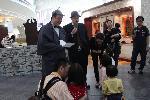Little Detectives: birthday parties hong kong childrens shows magic juggling functions birthdays party hong kong 生日會派對、小丑、扭汽球、雜耍雜技, 舞蹈  遊戲, 小丑扭汽球、雜耍雜技