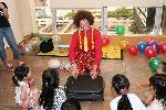 Jan the Amazing:clowns stiltwalkers stiltwalker clowns stilt performers hong kong 生日會派對、小丑、扭汽球、雜耍雜技武術、舞蹈  遊戲, 小丑扭汽球、雜耍雜技