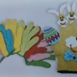 Easy Easter glove craft for kids.
