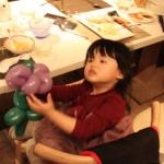 Genie: birthday parties hong kong childrens shows magic juggling functions birthdays party hong kong 生日會派對、小丑、扭汽球、雜耍雜技, 舞蹈  遊戲, 小丑扭汽球、雜耍雜技