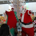 Performing for tourists at the HKIA. Always a big hits with there eye catching huge costumes.