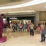 Drawing large crowds, a living statue can be an object of fascination for any event.