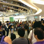 Jack performing at Citylink and attracting a large crowd.
