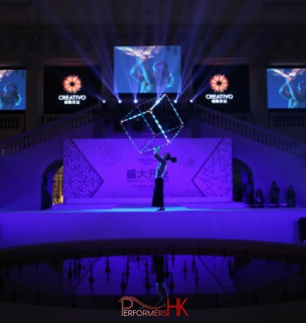 Acrobatic performance lifting LED cube in Beijing
