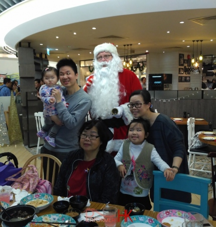 Santa John at Sha tin