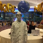 Silverman Statue performer at annual dinner event 2017