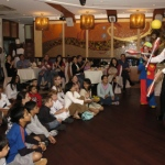 Juggling for a kids party in Sun Kai center Hong Kong.