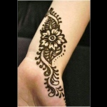 Basic henna design will take 4 mins more suitable for events