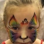 Rainy Face Painter: birthday parties hong kong childrens shows magic juggling functions birthdays party hong kong 生日會派對、小丑、扭汽球、雜耍雜技, 舞蹈  遊戲, 小丑扭汽球、雜耍雜技