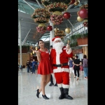 santa davy with santa girl at a mall performance in hong kong