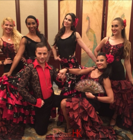 5 female dancer with 1 male dancer flamenco dancers