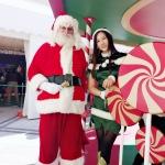 Real Beard Santa, Santa Martin with Elf girl Kimmy at Repulse Bay 109 event 2019 Christmas, Hong Kong event