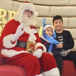 santa with kids at an event in hk 2019 decemeber